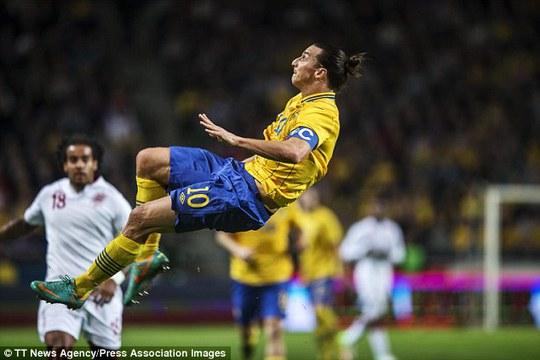 Ibrahimovic lập kỷ lục mới ở tuyển Thụy Điển