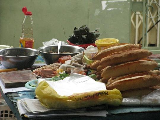 Bánh mì Bình Ba nhỏ hơn bánh mì đất liền