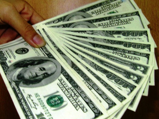 Tín dụng ngoại tệ tăng nóng thời gian qua là nhờ Ngân hàng Nhà nước bật đen xanh