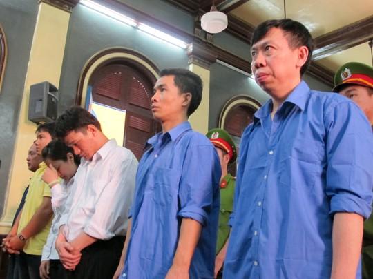 6 bị cáo trong tổ quỷ kích dục Tân Hoàng Phát