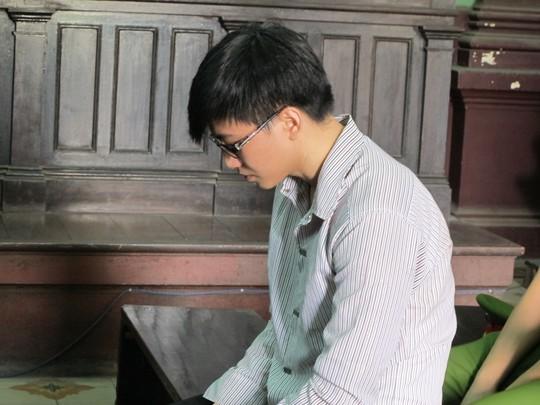 Sát thủ Phạm Văn Phú tại phiên phúc thẩm