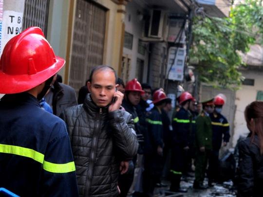 Vụ cháy 6 người chết thảm: Xé lòng nghe gào thét trong biển lửa