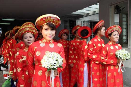 Các cô dâu rạng ngời trong ngày cưới