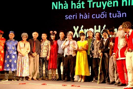 Đây là dự án hài quy tụ hầu hết các gương mặt nghệ sỹ hài của Nhà hát Tuổi Trẻ và Hà Nội như Chí Trung, Vân Dung, Xuân Bắc, Tự Long, Công Lý, Đức Khuê..