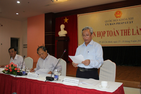 Phó Chủ nhiệm Ủy ban Pháp luật Quốc hội Trần Đình Long: lNếu để khiếu nại kéo dài sẽ àm xói mòn lòng tin của người dân đối với Đảng, Nhà nước