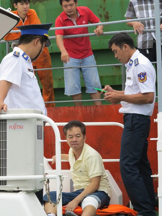 Tan hoang tàu Sunrise 689 bị cướp biển tấn công