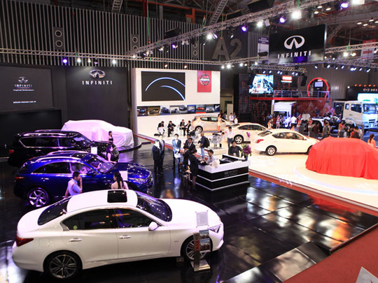 riển lãm xe Việt Nam trở thành đất diễn và là nơi bán hàng mát tay của các nhãn xe hạng sang tiền tỉ.
