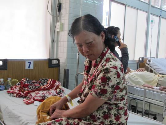 Bà Huỳnh Thị Bé Tư kể lại vụ việc