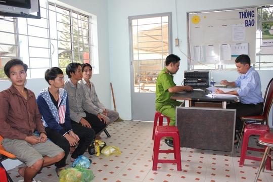 Cơ sở Bình Triệu tiếp nhận 4 người nghiện vào trưa 5-12
