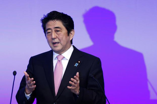 Japanese PM Shinzo Abe calls for 'frank' talks with China, South Korea