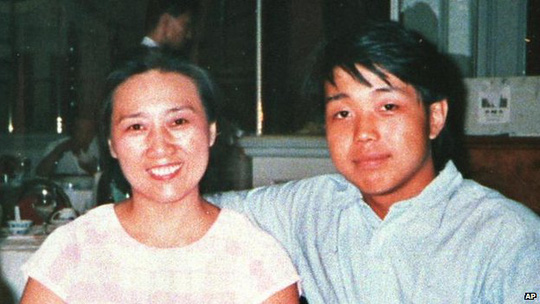 Chinese journalist Gao Yu appears with her son Zhao Meng in Beijing in this 1990 file photo.