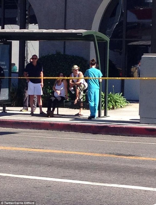 LA resident Carrie Clifford tweeted this photo of a woman in labor who couldnt get to a nearby hospital because the roads were closed for Obama