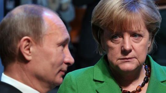 http://previous.presstv.ir/photo/20140312/354406_Merkel-Putin.jpg