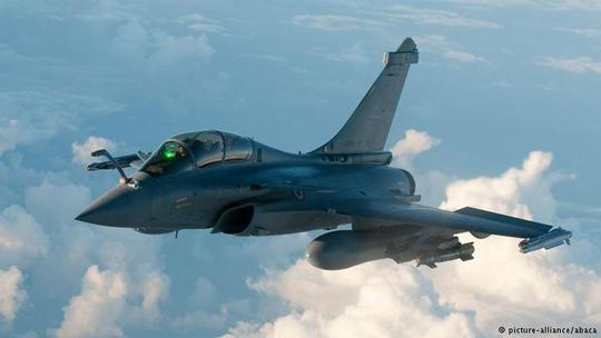 French Rafale fighter plane takes off from Istres military base, eastern France on March 19, 2011 on a mission to overfly Libya following UN Security Council resolution. Photo by ECPAD/ABACAPRESS.COM