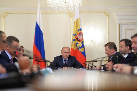 http://image.zn.ua/media/images/original/Nov2014/103172.jpeg