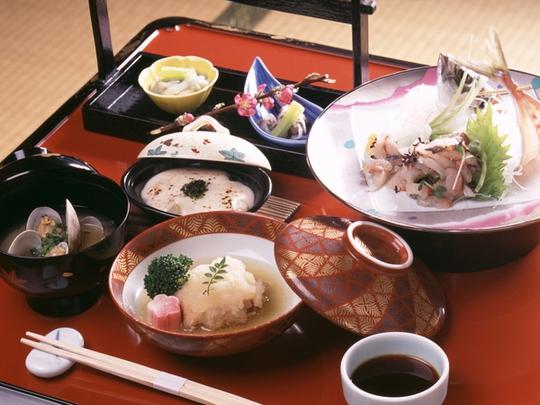 Muốn sống lâu hãy học cách ăn uống từ người Nhật