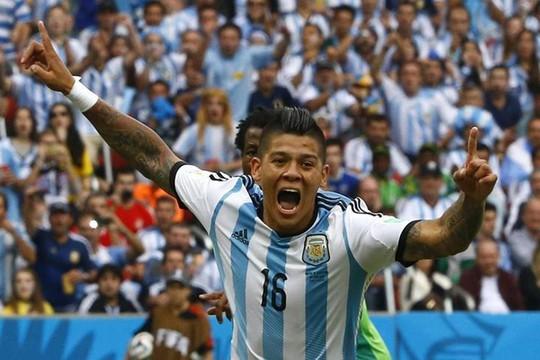 Phong độ xuất sắc ở World Cup 2014 giúp Rojo đến với M.U