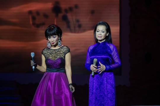 Khánh Ly và ca sĩ Khánh Hà