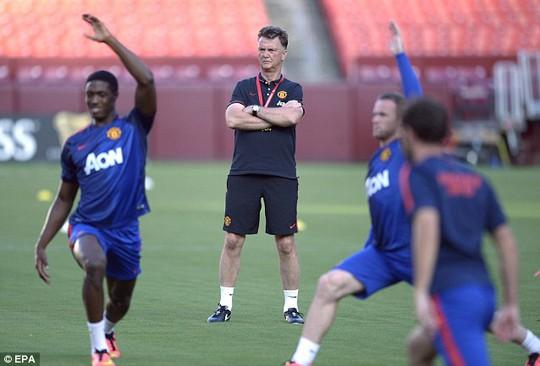 Các cầu thủ M.U chuẩn bị cho trận gặp Inter