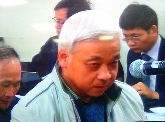 Bị cáo Nguyễn Đức Kiên (bầu Kiên) tại phiên tòa chiều 3-12. Ảnh chụp qua màn hình