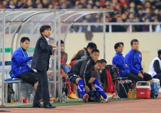 HLV Miura không bị chỉ trích nhiều sau thất bại của tuyển Việt Nam tại AFF Cup 2014