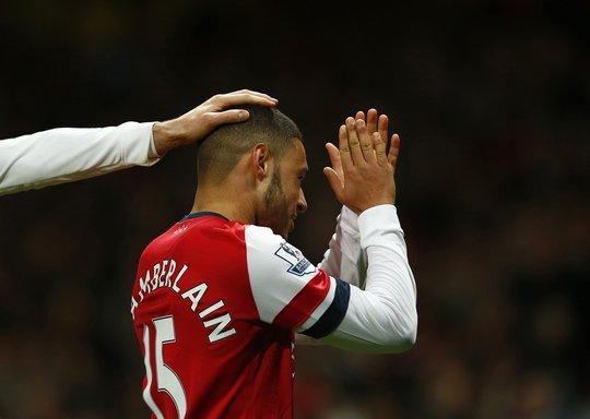 Chamberlain có một đêm tuyệt vời với Arsenal