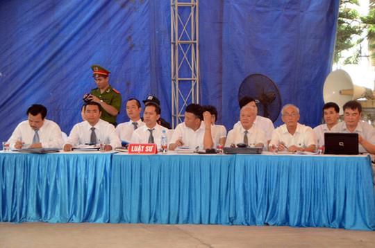 25 luật sư tham gia bào chữa cho các bị cáo