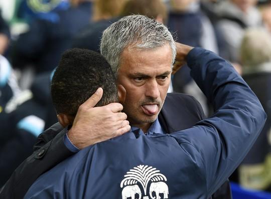 HLV Mourinho và Ronaldo đều 1 lần làm việc với Mendes