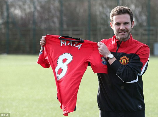 Mata trong ngày ra mắt M.U