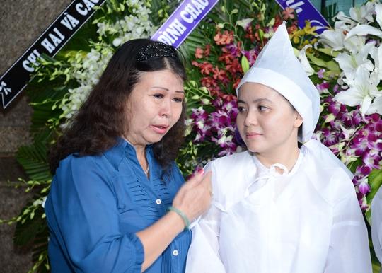NSƯT Ngọc Mai xúc động chia buồn với gia đình cố soạn giả Mai Quân