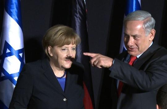 Bà Angela Merkel và ngón tay Thủ tướng Israel Benjamin Netanyahu