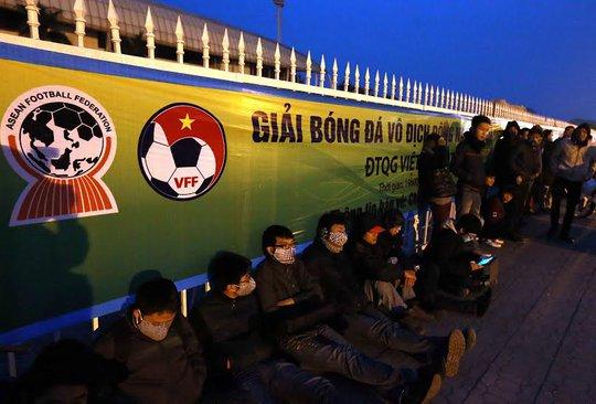 """Việt Nam – Malaysia: Lượt đi chưa đá, vé lượt về đã """"sốt"""""""