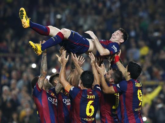Messi đã đi vào lịch sử La Liga