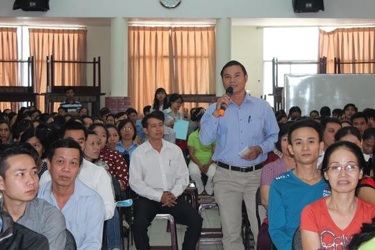 Người lao động được khuyến khích đóng góp ý kiến tại hội nghị người lao động ẢNH: THANH NGA