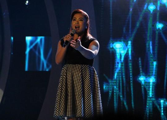 Đêm gala đầu tiên Vietnam Idol: Thiếu lửa!
