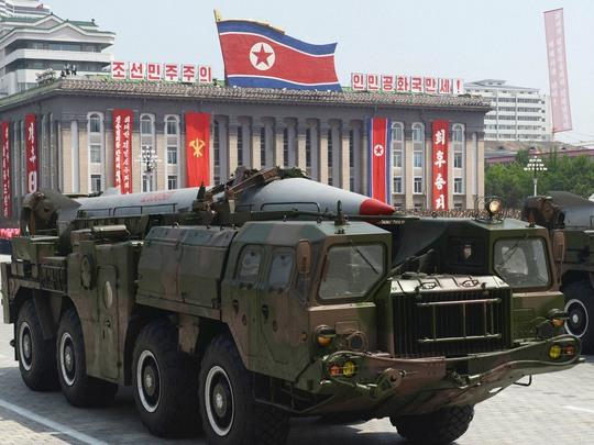 Tên lửa tầm ngắn của Triều Tiên. Ảnh: Kyodo