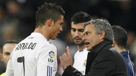 Roanldo và HLV Mourinho khi còn ở Real Madrid