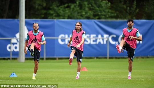 Với 3 tân binh chất lượng Fabregas, Luis và Costa và những cầu thủ sẵn có, Chelsea đủ sức gây bất ngờ ở mùa giải mới
