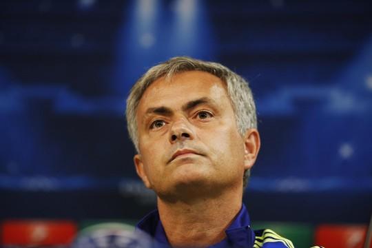 Ông Mourinho luôn có những hành động bất ngờ