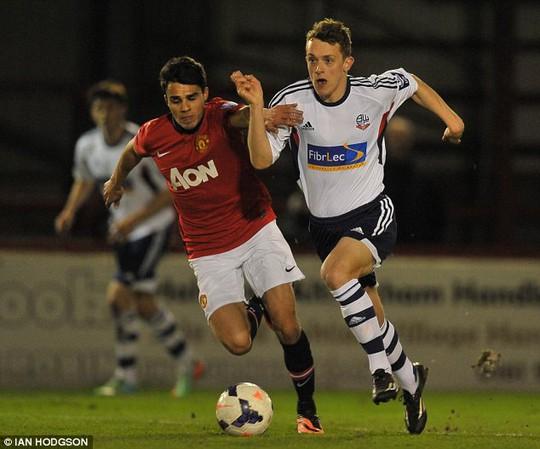 Các cầu thủ trẻ M.U tỏ ra yếu thế trước Bolton