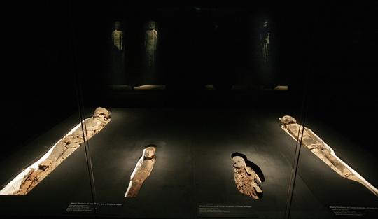 Một nhóm xác ướp từ nền văn hóa Chinchorro đang được trưng bày tại Viện bảo tàng ở Chile