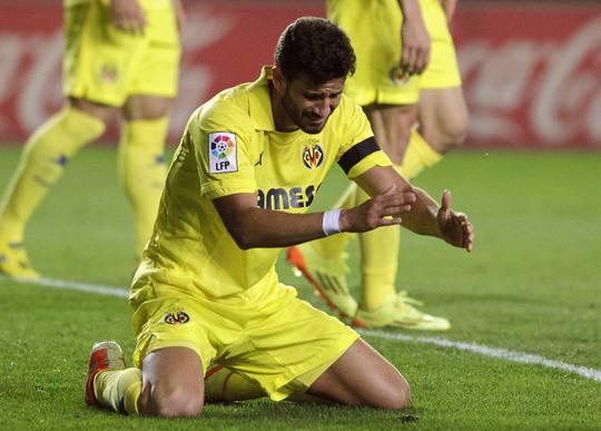Tuy nhiên, cũng chính họ đá phản lưới nhà khiến Barcelona lội ngược dòng thắng 3-2