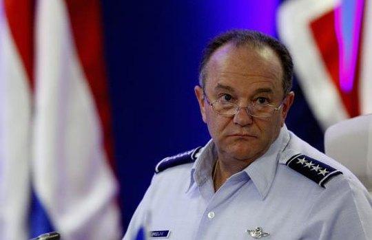 Tư lệnh tối cao NATO tại Châu Âu – Tướng Philip Breedlove. Ảnh: Reuters