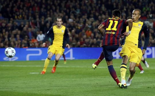 Neymar đóng vai cứu tinh cho Barca trong trận đấu mà Messi tịt ngòi