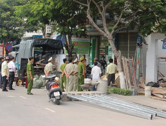 Nhà số 100 Trần Phú, TP Nha Trang bị cưỡng chế sau 15 năm khiếu kiện kéo dài