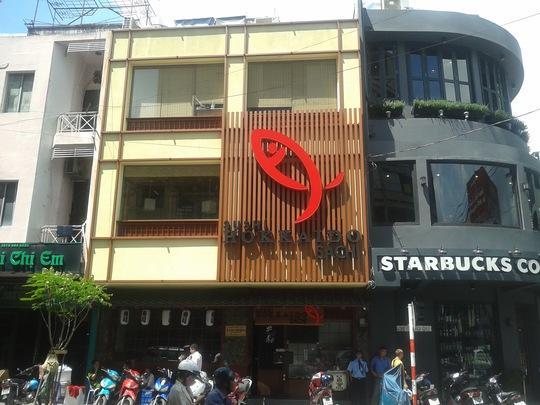 Nhà hàng nơi ông Thọ sửa điện và tử vong vào sáng 22-10.