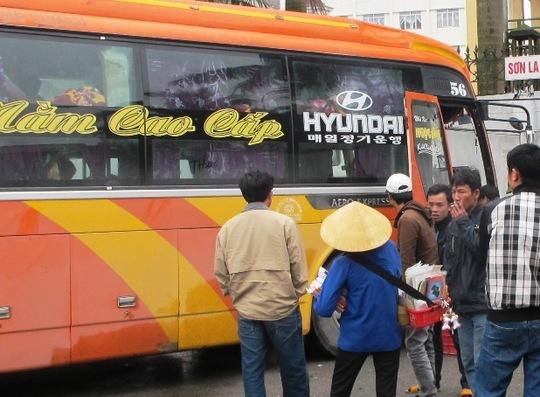 Chiếc xe khách 41 chỗ nhưng chở tới 67 khách