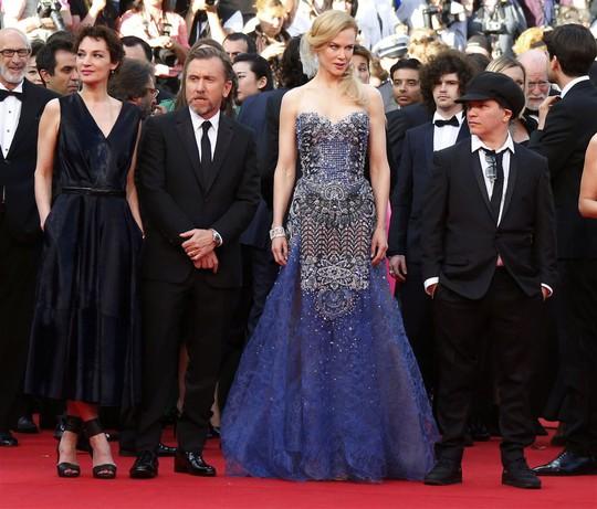 Nicole nổi bật trong dàn diễn viên phim Grace of Monaco