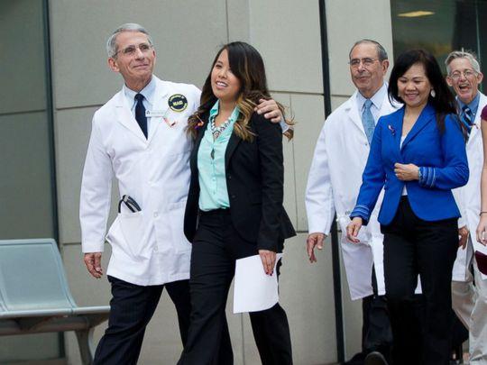 Tổng thống Obama ôm mừng Nina Phạm xuất viện