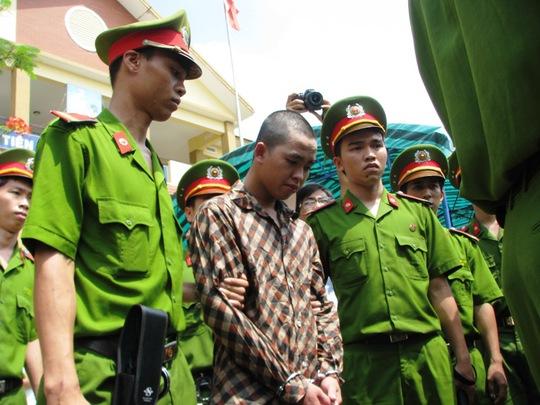 Bị cáo Châu Minh Tường lãnh 12 tháng tù giam vì hôi của